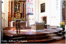 St. Laurentius Schwemlingen Altarraum - Foto: A. Fontaine